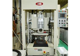 竪型成型機(日精樹脂工業STX20S5V)